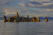 Photo: dd001315      Tufa Towers, Mono Lake, Sierra Nevada, California, USA