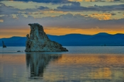 Photo: dd011032     Tufa Towers, Mono Lake, Sierra Nevada, California, USA