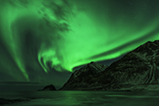 Photo: dd011305     Northern Lights , Aurora borealis,  Haukland Beach, Lofoten, Norway